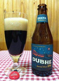 Cerveja Uinta Dubhe Imperial Black IPA, estilo Black IPA, produzida por Uinta Brewing, Estados Unidos. 9.2% ABV de álcool.