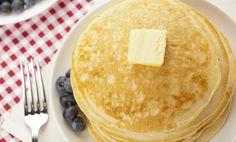 Bananpannekake, 118 kcal for én pannekake Norwegian Food, Norwegian Recipes, Cake Recipes, Paleo, Goodies, Tasty, Sweets, Protein, Breakfast