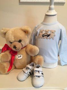 Mein Steiff Babyboy Shirt Gr.6 Monate / 68 cm von Steiff! Größe 68 für 15,00 €. Schau´s dir an: http://www.mamikreisel.de/kleidung-fur-jungs/langarmshirts-slash-longsleeves/33788657-steiff-babyboy-shirt-gr6-monate-68-cm.