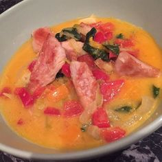 Gemüsecurry mit Hühnchen (zuckerfrei) #lowcarb #nocarb #zuckerfrei #nosugar #healthy #fancy #food #foddie #foodlover Thai Red Curry, Fancy, Ethnic Recipes, Food, No Sugar, Meal, Eten, Meals