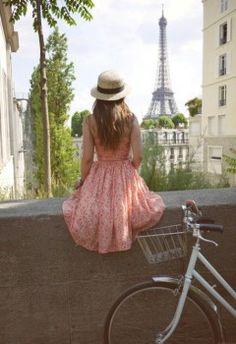 Bike around Paris  Inspirate en clios!!