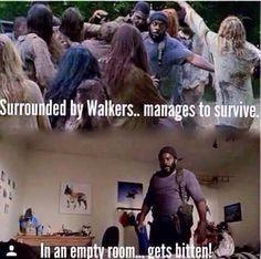 The Walking Dead season 5 - RIP Tyreese! Walking Dead Images, Walking Dead Quotes, Walking Dead Funny, Walking Dead Zombies, Walking Dead Season, Fear The Walking Dead, I Am Just Kidding, Stuff And Thangs, Fun Stuff