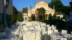 Matrimonio all'aperto in villa
