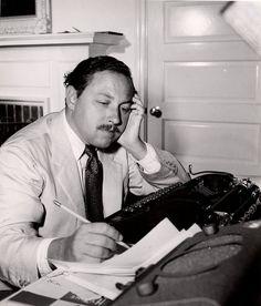 American writer Tennessee Williams with his Corona Junior manual typewriter (1936)