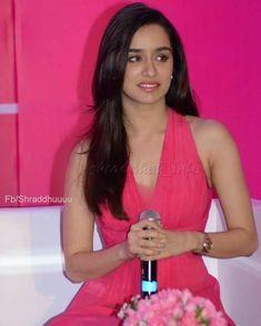 Bollywood Actress Hot Photos, Beautiful Bollywood Actress, Bollywood Celebrities, Shraddha Kapoor Instagram, Shraddha Kapoor Cute, Selena Gomez Bikini, South Indian Heroine, Arnav Singh Raizada, Half Girlfriend