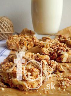 Ořechovo-medové energetické tyčinky