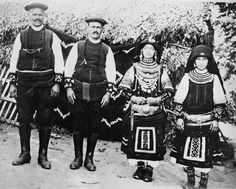 Hello all, Today I will talk about the costume of a people called the Sarakatsani [in Greek] or Karakachani [in Bulgarian]. Greek Traditional Dress, Greece Photography, Greek Culture, Folk Clothing, Folk Costume, Folk Art, Monochrome, Cool Outfits, Pure Products