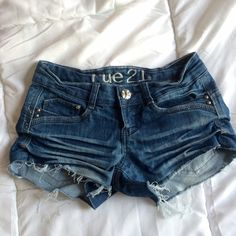 Distressed Shorts Size 0/1 still in very good condition, worn 2x. Rue 21 Shorts Jean Shorts