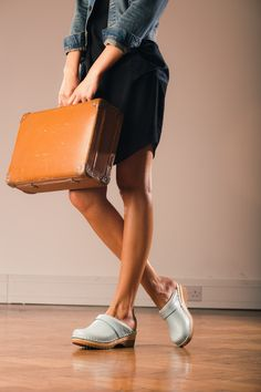 A business look in clogs. Paradoxical, isn't it? Source: Clogs Love #ClogsShoesWooden