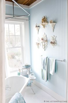 i. want. to. live. here … never ever leave this bathroom.