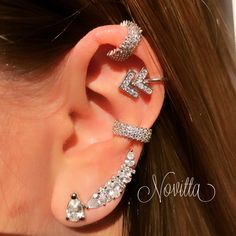 Ear Jewelry, Cute Jewelry, Jewelery, Jewelry Accessories, Cool Ear Piercings, Body Piercings, Stylish Jewelry, Fashion Jewelry, Vampire Diaries Jewelry