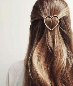 Hair Love | Hairstyle | Heart Barrette | THE ART OF | CREATIVE COMMUNITY | lovetheartof.com