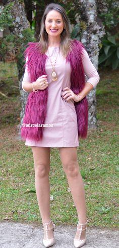 Look de trabalho - moda corporativa - work outfit - office - look do dia - vestido de couro Rose - colete de pele - colete de pelo marsala - vinho - Rose