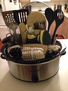 Wedding Gift Kitchenware : 1000+ images about Gift Basket and School Auction Ideas on Pinterest ...