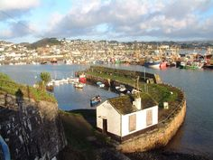 Pictures and photos of Newlyn in Cornwall and the surrounding area submitted by local photographers. Cornwall England, England Uk, Oh The Places You'll Go, Places To Visit, Mousehole Cornwall, St Just, Holidays In Cornwall, Local Photographers, City Landscape