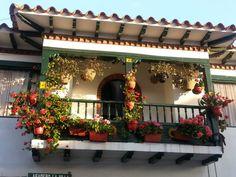 Plaza Mayor de Villa de Leyva in Villa de Leiva, Boyacá Palmiers, Midsummer Nights Dream, Four Square, Decoupage, Beautiful Places, Country, Architecture, Outdoor Decor, Vacations