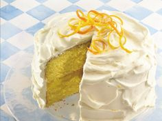 Citrus Cake with Lemon Whipped Cream Frosting - Delicious summer dessert and super easy. Uses lemon cake mix with lemon pie filling between the layers and a wonderful lemon and orange zest whipped cream frosting. Lemon Whipped Cream, Whipped Cream Frosting, Cream Cake, Lemon Curd, Lemon Buttercream, Ice Cream, Frosting Recipes, Dessert Recipes, Lemon Desserts