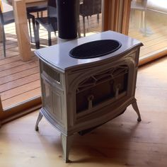 Maybe an exposed fireplace in basement? Very vintage rustic. a era one may match the house. Rustic Basement, Basement Ideas, Little Houses, Home Appliances, Future, Wood, Vintage, House Appliances, Tiny Houses