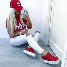 Chic And Casual Back To School Outfit Ideas For This Summer; Back To School Outfit; Teen Back To School Outfit; Summer Back To School Outfits; Outfits In Rot, Sport Outfits, Fall Outfits, Summer Outfits, Christmas Outfits, Summer Dresses, Cute Outfits For School, College Outfits, Outfits For Teens