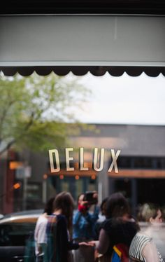 Girl brunch at Delux, end of May, taken by Celine!