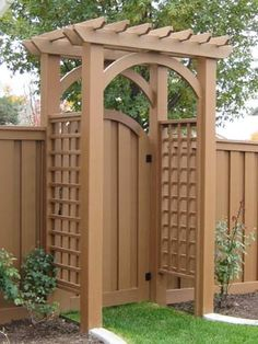 Love this pergola gate! Would paint it white to match our pergola & house trim - perfect for backyard entry from the alley Cheap Privacy Fence, Privacy Fence Landscaping, Privacy Fence Designs, Backyard Privacy, Backyard Fences, Pergola Designs, Backyard Landscaping, Landscaping Ideas, Backyard Ideas