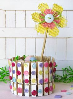 Simple Spring Clothespin & Button decor with a link to the tutorial.