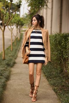 FashionCoolture - 02.10.2015 look du jour Amaro striped dress camel blazer gladiator sandals (1)