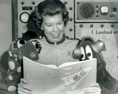 Ride the Reading Rocket with Miss Sandy