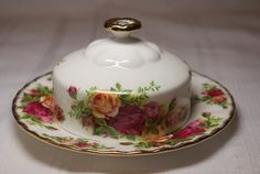 Royal Albert Old Country Roses  Bowls by EllieandBellevintage,