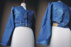 Giacca di jeans creata utilizzando un vecchio paio di jeans MP Meltin Pot e molta molta molta creatività. Pezzo unico. Personalizzabile su richiesta. Per info contattatemi, grazie