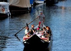 Pizza Cruise on a Gondola! Great idea for family meal and a ride!