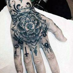 Wolf Tattoo Design on Hand - Tattoo Shortlist Knuckle Tattoos, Finger Tattoos, Body Art Tattoos, Sleeve Tattoos, Leg Tattoos, Tattos, Wolf Tatoo, Wolf Tattoo Design, Tattoo Designs