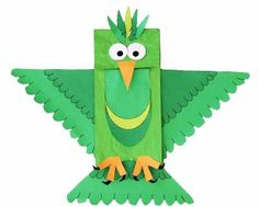 Wow! Make this fun #paper #bag #parrot #craft! || #Arts and #crafts for 6-8 #year #olds