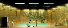 Brecht. Johann Kresnik stage Martin Zehetgruber, Mannheim National Theatre