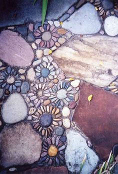 Stone Pathways Mosaic Garden Design