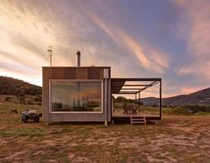 Solar-Powered Modular Cabin Exists Completely Off-the-Grid in Australia Sustainable Architecture, Sustainable Design, Container Architecture, Building Architecture, Residential Architecture, Building Design, Tiny House Australia, Modular Cabins, Tiny House Company