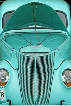 Color Azul Turquesa - Turquoise!!! Antique Car