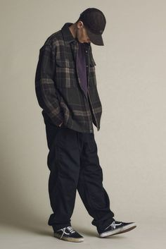 THE NORTH FACE PURPLE LABEL Fall/Winter 2020 | HYPEBEAST Retro Outfits, Cool Outfits, Casual Outfits, Skate Outfits, Moda Skate, Style Casual, Men Casual, Boy Fashion, Fashion Outfits