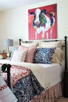Check out this farmhouse style guest room with a new line of bedding by Lady Antebellum for Bed Bath&; Check out this farmhouse style guest room with a new line of bedding by Lady Antebellum for Bed Bath&; Lady Antebellum, Home Bedroom, Master Bedroom, Bedroom Decor, Farm Bedroom, Americana Bedroom, Into The West, Savvy Southern Style, Guest Bedrooms