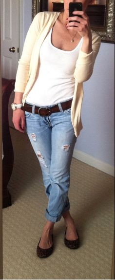 Distressed boyfriend jeans with ballet flats.