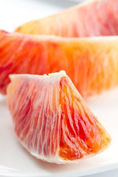 grapefruit peeled like an orange. the only way to eat it :) Fruit And Veg, Fruits And Veggies, Fresh Fruit, Pink Fruit, Orange Fruit, Fruit Food, Colorful Fruit, Juicy Fruit, Organic Vegetables