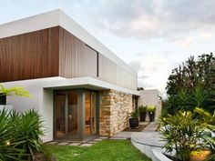 Mosman House is located in Sydney, Australia by Corben Architects. This new, three storey, four bedroom, north facing residence, sited on a battle axe block was designed to take maximum …