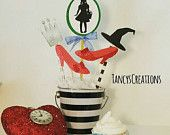 5 piece Wizard of Oz  cake table display, centerpiece, or cake topper! Birthday, Baby Shower!