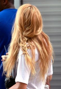 Loose and messy braid