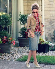 DIY Style Tartan Plaid on Denim Midi by Kristina J. Modest Wear, Modest Dresses, Modest Outfits, Modest Fashion, Fall Outfits, Casual Outfits, Cute Outfits, Fashion Outfits, Beautiful Outfits