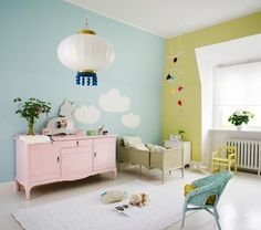 Love the pink console and contrasting pastel walls.