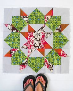 """Thimble Blossom's """"Swoon"""" -- since I can't bring myself to purchase quilt patterns, someone has got to get me this one for my birthday. (hint, HINT!)"""