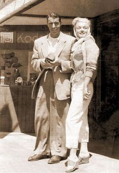 Marilyn and Joe DiMaggio on a stop-over in San Francisco during a trip to Puerto Peñasco. Photo by Chic Masi, a friend of Joe DiMaggio, July 1953.