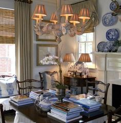 It's A Wonderful Palmetto Life....designer Mark Phelps.  I love this breakfast room !! It's such a wonderful morning room