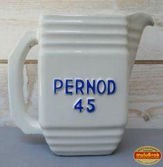 Objet Pub ... Pichet blanc PERNOD 45 ... sur www.mulubrok.fr ...